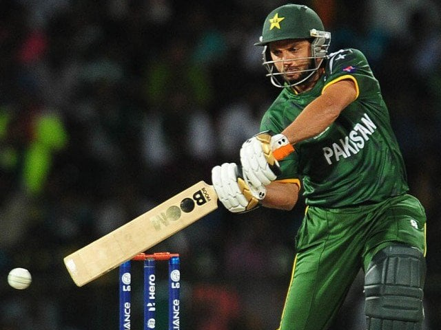 Afridi-Hit-Longest-Six